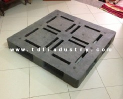 Pallet nhựa cũ mặt đá 1100x1100x150mm